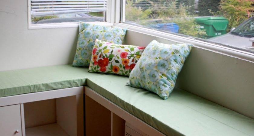 Rouge Whimsy Diy Banquette Seat Ikea Expedit