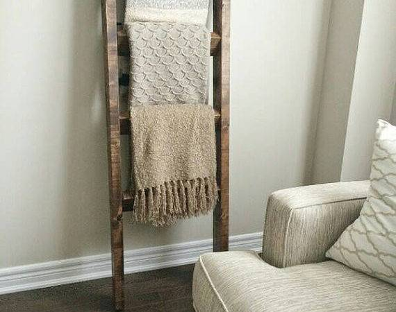 Rustic Wood Blanket Ladder Decor