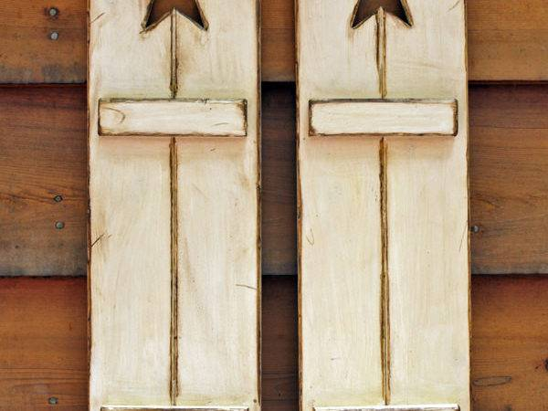 Rustic Wooden Shutters Great Wall Decor