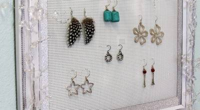 Shabby Chic Plastic Canvas Diy Jewelry Organizer