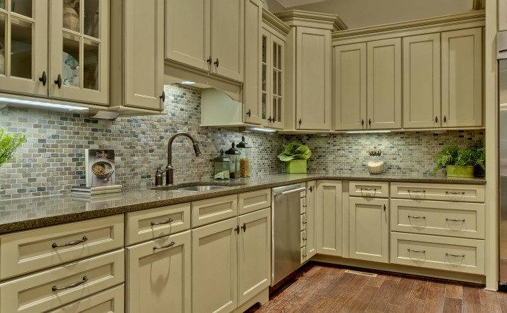 Shaped Distressed White Kitchen Cabinets Mixed Arch
