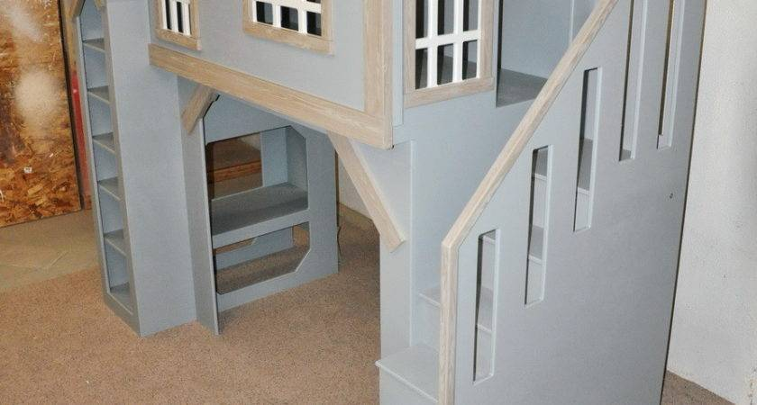 Spanky Clubhouse Bunkbed Playhouse Side