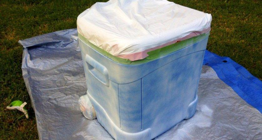 Tailgate Tuesday Painted Cooler Tutorial