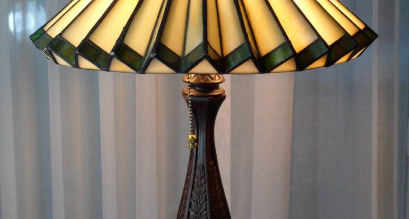 Tiffany Style Accordion Glass Lamp Collectors Weekly