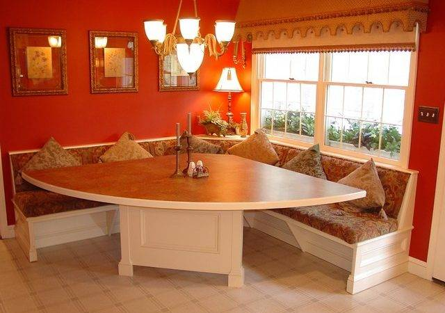 Timonium Built Corner Dinette Traditional Dining