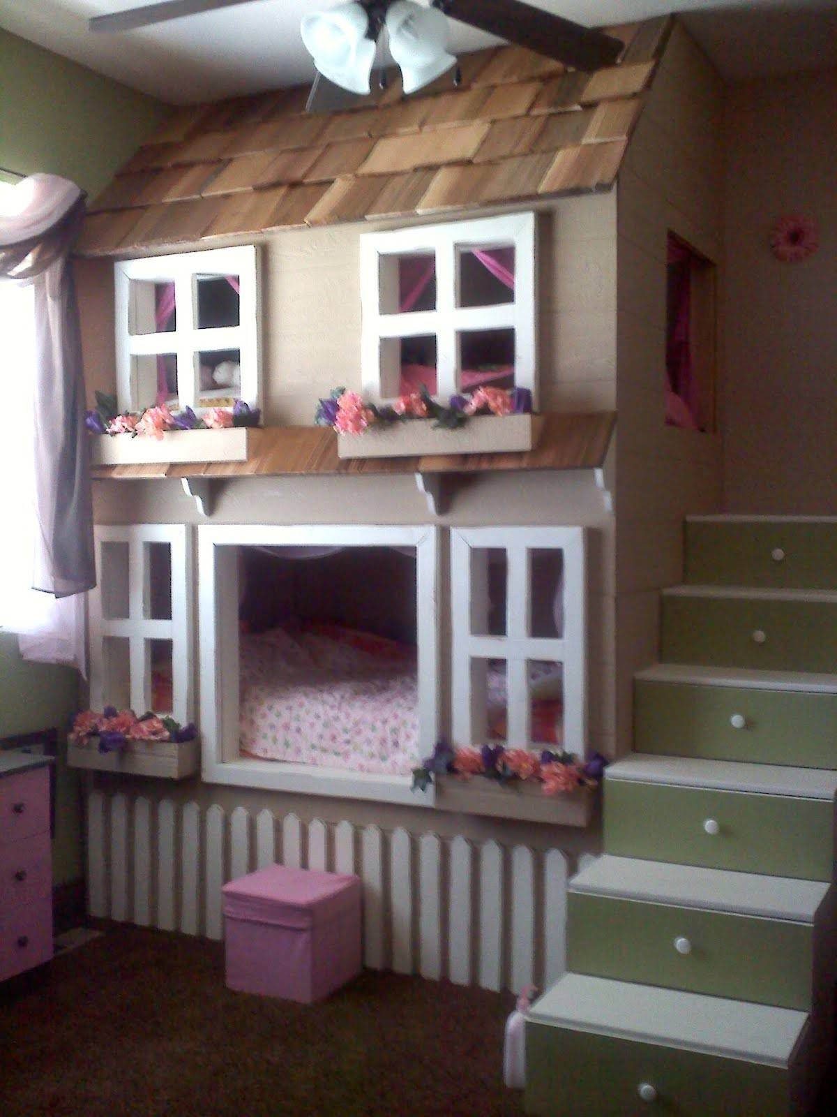 Picture of: 19 Photos And Inspiration House Bunk Bed Gabe Jenny Homes