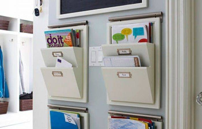 Utilizing Small Home Office Spaces Using Hanging