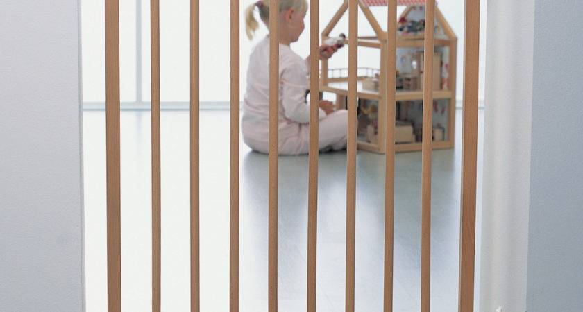 Wooden Baby Gates Stairs Safe